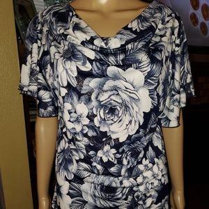 Dressbarn Size XL, Blue & White floral blouse.